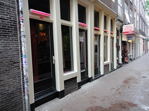 Amsterdam red light district (De Wallen / Walletjes / De Rosse Buurt). Stoofsteeg 1 & 3