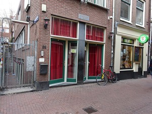 Goldbergersteeg in Amsterdam's red light district (De Wallen / Walletjes / De Rosse Buurt)