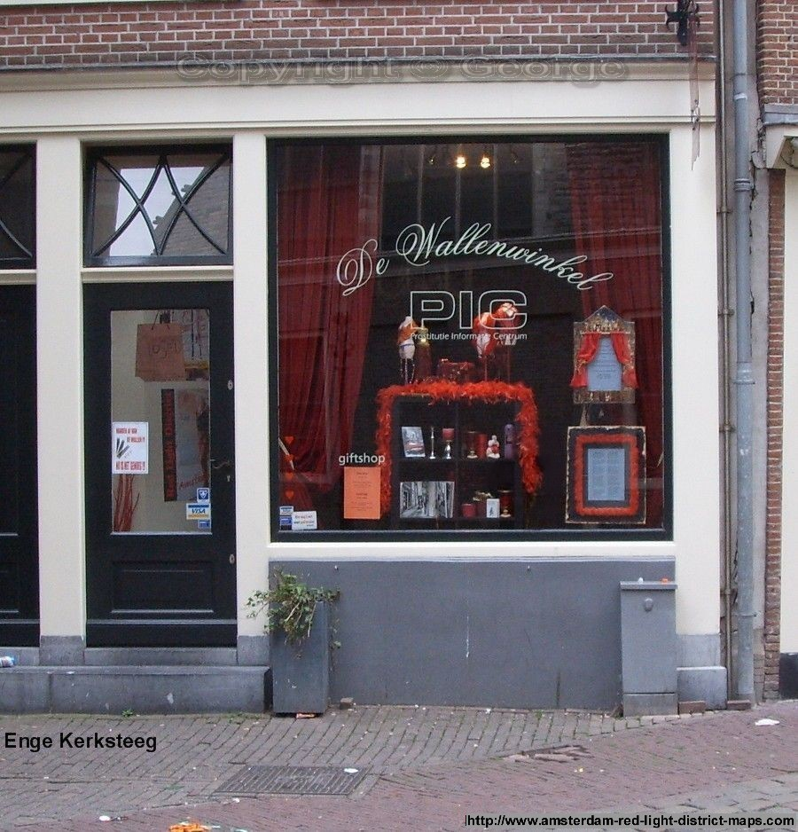 Prostitute Information Centrum (De Wallenwinkel), Enge Kerksteeg, Amsterdam red light district (De Wallen / Walletjes / De Rosse Buurt). Copyright: George 2011