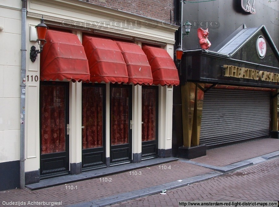 Oudezijds Achterburgwal 110 and Casa Rosso, Amsterdam red light district (De Wallen / Walletjes / De Rosse Buurt). Copyright: George 2011