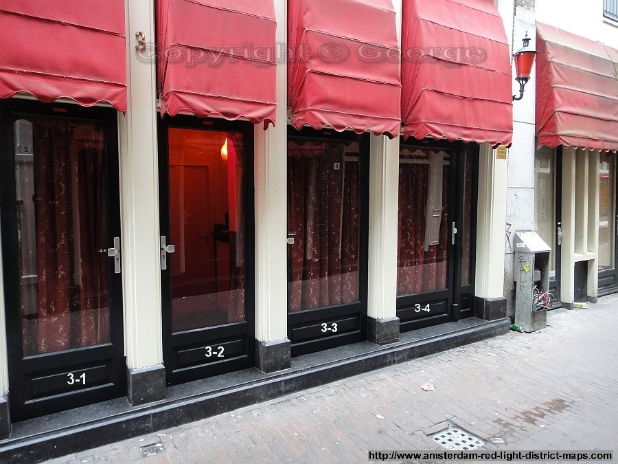 Oudekennissteeg 3, Amsterdam red light district (De Wallen / Walletjes / De Rosse Buurt). Copyright: George 2011