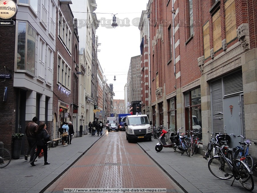 Warmoesstraat, Amsterdam red light district (De Wallen / Walletjes / De Rosse Buurt). Copyright: George 2011