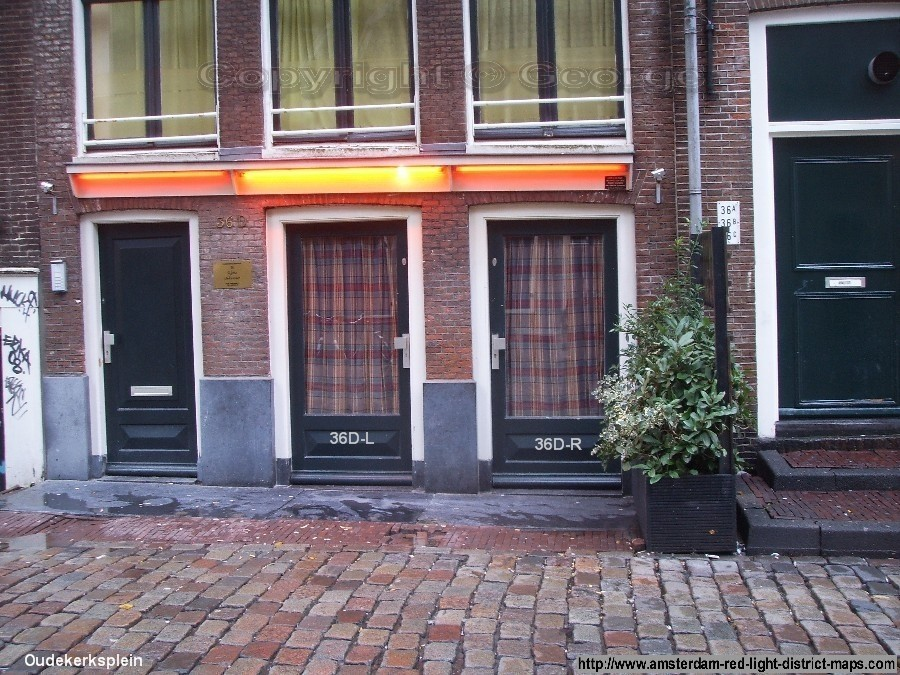 Oudekerksplein 36, Amsterdam red light district (De Wallen / Walletjes / De Rosse Buurt). Copyright: George 2011