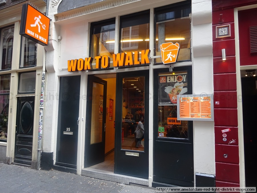 Wok To Walk, Amsterdam red light district (De Wallen / Walletjes / De Rosse Buurt). Copyright: George 2011